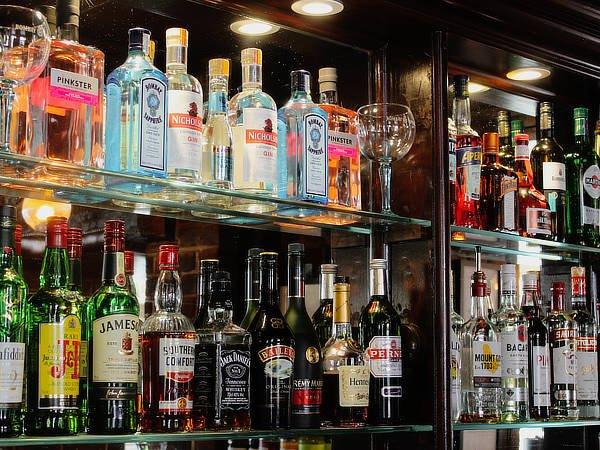 george inn bar area2